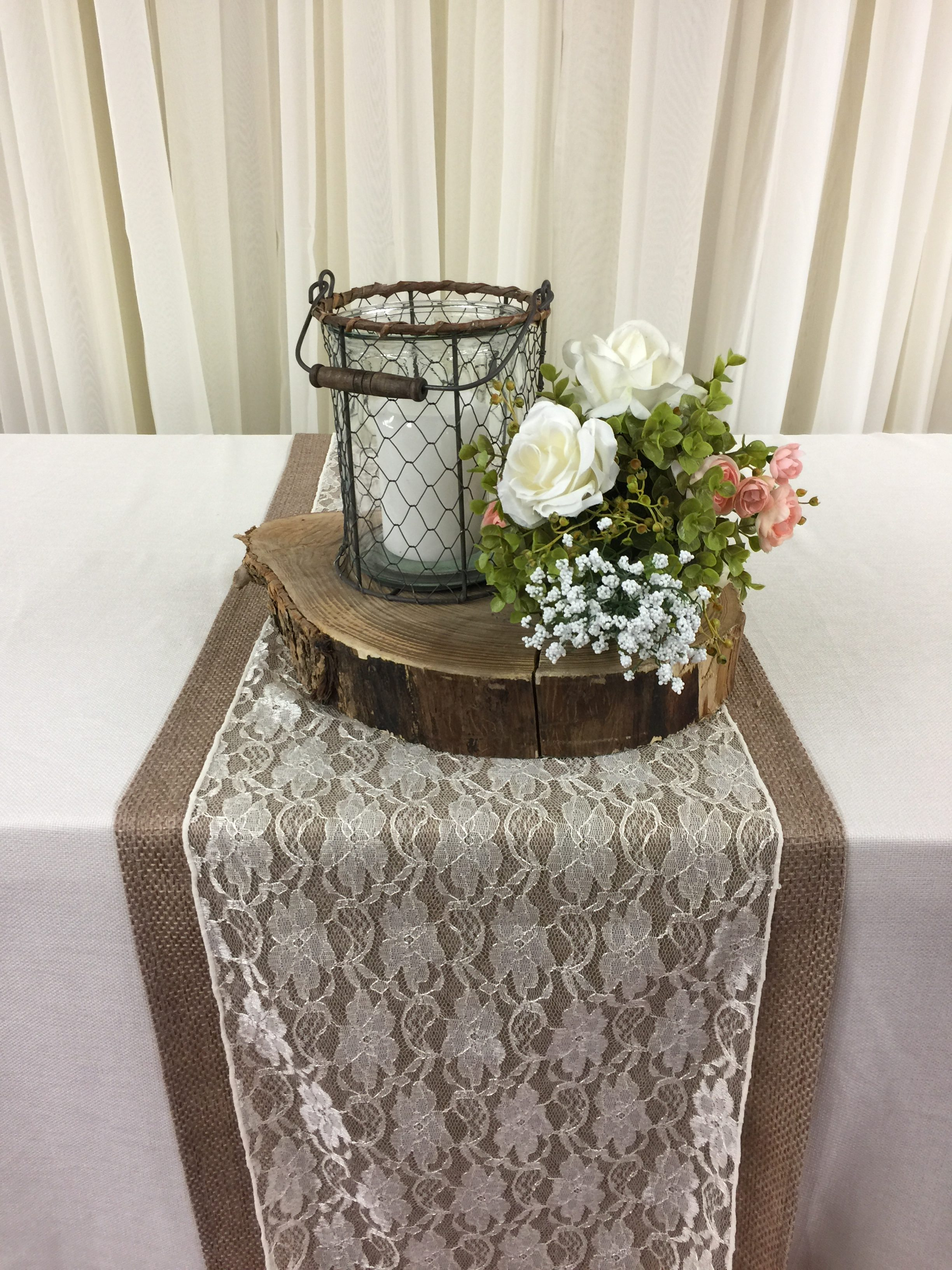 Chicken Wire Vases Image