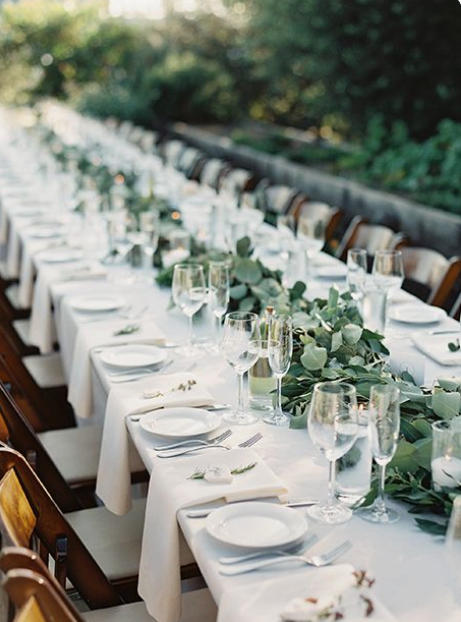 Polyester Table Linens Image